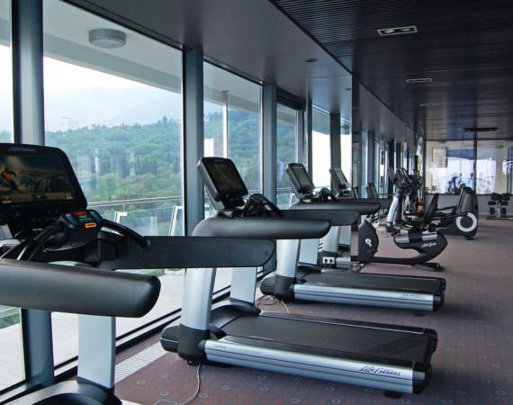 Фитнес-центр SkyFit