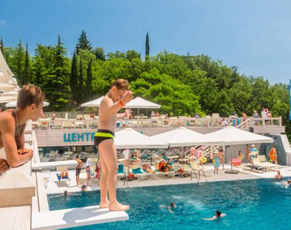 Прыжковый бассейн4
