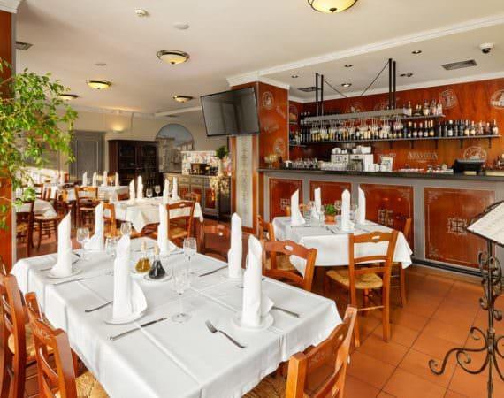 Ресторан «А-Тавола»3