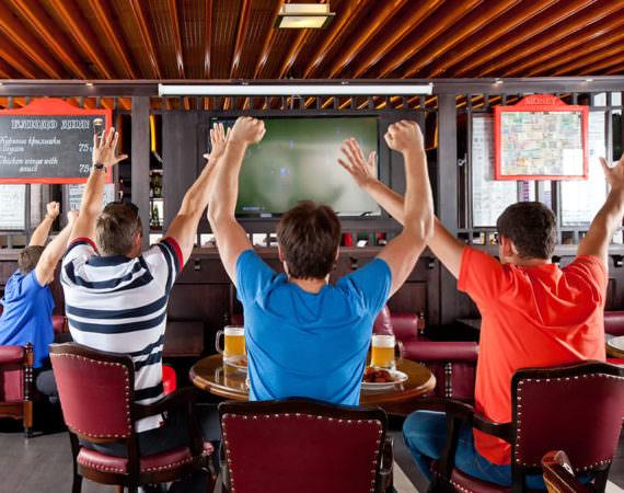 Спорт-бар «Свисток»3